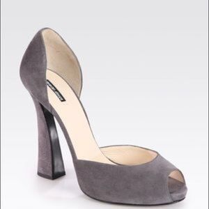 New Giorgio Armani peep toe heels size IT 38